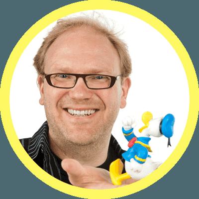 Aku Ankka Juniori -lehden päätoimittaja Aki Hyyppä