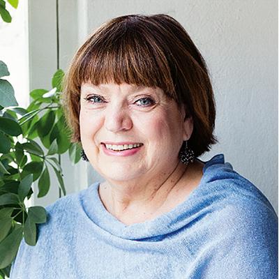 ET-lehden päätoimittaja Riitta Korhonen